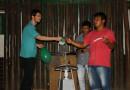 Educador da USP leva experimentos de física a aldeia indígena
