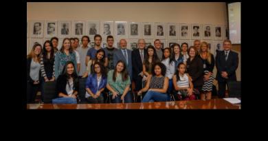 """Institucional  – 19/06/2017 USP e Secretaria Estadual de Educação lançam programa """"Vem pra USP!"""""""